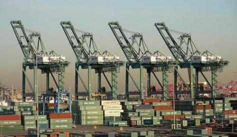 توريد عدد 3 ونش رصيف عملاق STS لصالح هيئة ميناء دمياط
