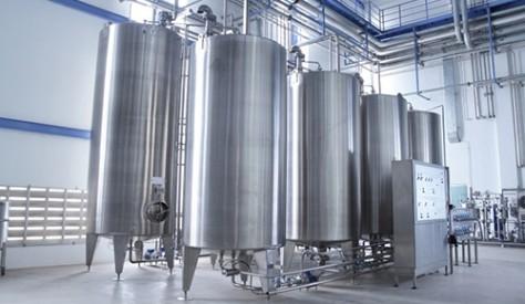 تصنيع عدد 4 تنكات استانلس لصالح شركة الزيوت المستخلصة ومنتجاتها